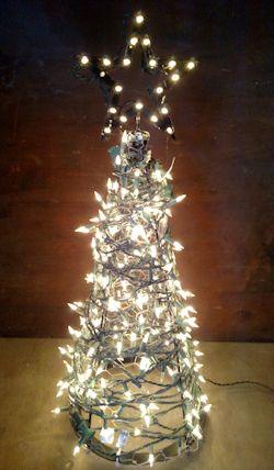 Do It Yourself Mini outdoor Christmas Tree